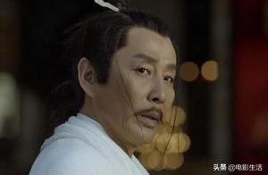 《庆余年》的庆帝陈道明,看似不修边幅实则气场强大,眼神都是戏
