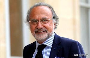 法国富翁保守派议员达索坠机身亡 马克龙推文悼念
