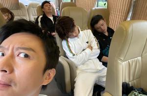 邓超偷拍综艺嘉宾睡觉,鹿晗生图太能打,陈赫:你有什么毛病?