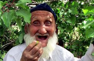 106岁老人,血管仅67岁且不堵,养生秘诀不是多走路,而是这3件事
