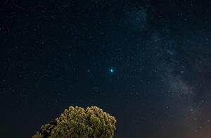 """冬至夜,木星与土星罕见""""大合"""""""