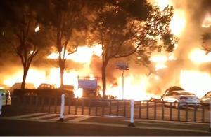 人为纵火!江苏一店铺起火连烧20多家商铺,致5死2伤