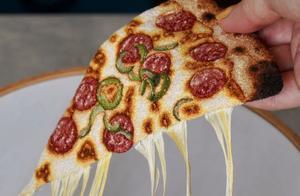 美女用针线作画,以假乱真的披萨,逼真到24万网友口水流油