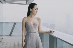 """因一件高定礼服,女星白冰陷入了""""社会性死亡""""的窘况"""