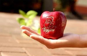 """平安夜吃苹果?没搞错吧!不是说晚上""""毒苹果""""嘛?"""