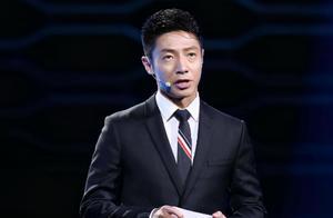 央视主持人凡尔赛群聊,康辉说谁不是第一,撒贝宁:什么叫做考生