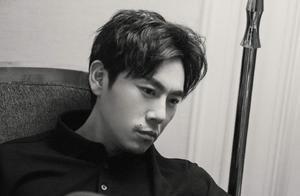 """新剧搭档赵薇,导演是汪俊,爆红的秦昊还有一丝""""仙气""""吗"""