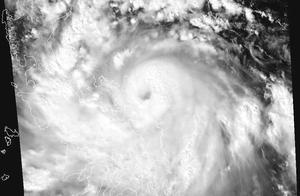18号台风莫拉菲形成并爆发增强,更多台风和冷空气在酝酿