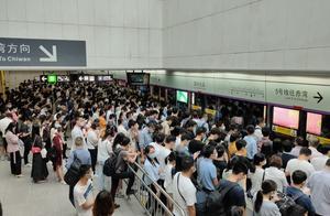 深圳永远是一个你进地铁了,但是没办法出站的地方!
