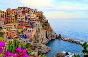 意大利村庄撒钱招揽移民!每人给19万但有1条件,网友:在哪报名
