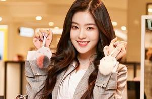 SM艺人又引争议了!Irene裴珠泫被指耍大牌,韩网热度高涨