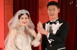 张培萌和妻子互撕,暴露婚姻最狰狞一面:爱人变仇人,TA最受伤