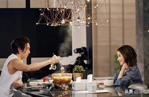 黄皓第一次煲汤被萧亚轩夸好喝,但表情出卖了她,不愧是恋爱天才