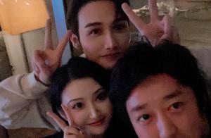 张彬彬搭景甜肩膀合照画面超有爱,网友甜呼:真在一起了吗?