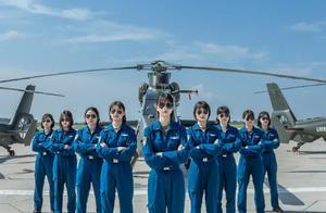 飒!陆军首批10名女飞行学员单飞大片,网友:颜值与实力齐飞