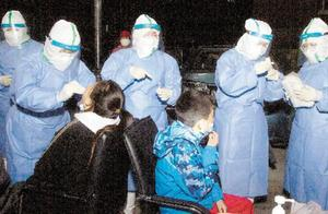 """滨海新区高效有序开展核酸检测  筑起社区防疫""""安全墙"""""""