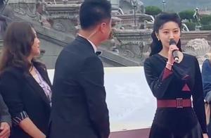 文荣奖红毯:68岁唐国强壮如少年,景甜发型翻车,许凯被叫错名