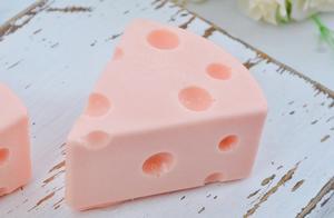 粉嫩草莓乳酪蛋糕 玫瑰红酒布丁 4款免烤箱也能做的仙女点心
