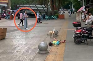3岁女儿当街撒泼打滚,妈妈隔3米远冷眼旁观,网友:学习了