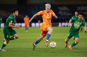 又一中超外援表态愿归化,22岁来中国,本赛季5轮打进6球