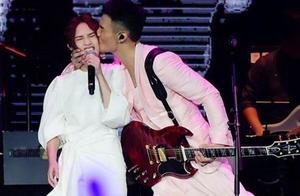 李荣浩称杨丞琳是歌手,遇到如此宠自己的人,36岁依旧是少女