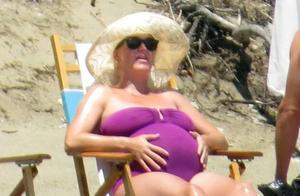 """""""水果姐""""凯蒂·佩里体重飙升至160斤,大孕肚着实惊人"""