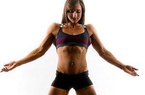 美女消防员的完美训练,她将会激励你我做出改变,拥抱完美与健康