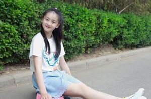 原以为田亮女儿够高了,看到张梓琳的4岁女儿,才懂啥是超模基因