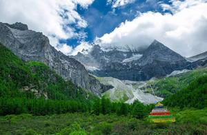 属于四川稻城亚丁的诱惑,你敢不敢来见证一次高海拔美景?