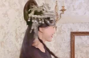 唐嫣产后首次现身拍视频,这是走放飞自我的路子了吗哈哈哈