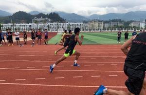 临沧   校园一日:体育特长生训练