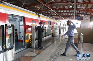 巴基斯坦首条地铁正式开通,中国造