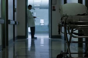 美国新冠肺炎住院人数再创纪录 连续第20天超10万例