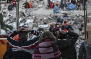 爱琴海海域强震丨土耳其28人遇难 885人受伤 救援仍在继续