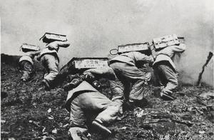 """扛着棺材上战场,打出一支""""万岁军""""…他们在朝鲜战场拼出了名将声威"""