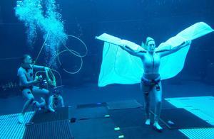 温斯莱特打破阿汤哥纪录,阿凡达2水下憋气7分钟,网友:太神奇