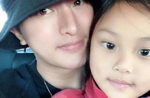 李小璐、贾乃亮分别为女儿庆生,8岁甜馨身穿旗袍造型曝光