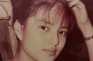 李若彤穿17岁时同款校服,状态依旧少女,自称身形没什么改变