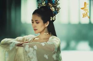 章子怡发文怼上阳赋片方,自称和少女感没关系,拍剧时已经38了