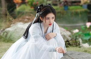 鞠婧祎《如意芳霏》古装美艳造型 百变的浓浓已经藏不住了