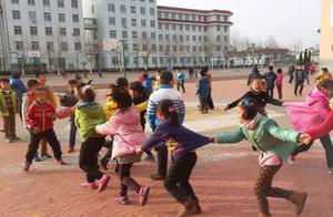 孩子是否运动,几年后差距会慢慢显示出来,家长要注意4件事