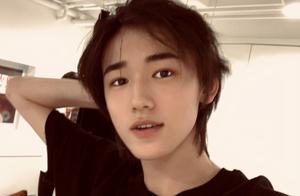 宋亚轩将加盟《王牌》,导演直播中透露原因,良苦用心获好评