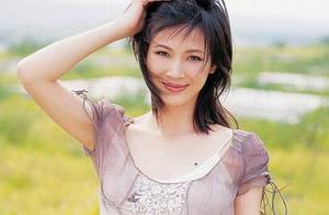 还记得亮剑中护士田雨吗?2012年隐秘嫁富豪后,如今却沦为老赖?