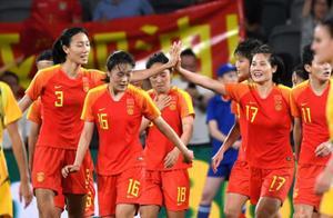 中国女足出征韩国,有一处不寻常,突破了疫情防控规定