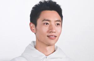 魏晨跳舞害羞,斩获1.7亿阅读,三部电影成功转型