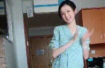 """""""最苗条产妇""""走红,宫口开到二指在医院跳舞催生,网友:我酸了"""