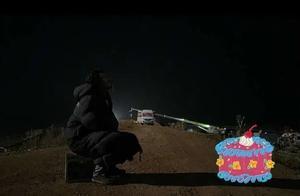 黄晓明43岁生日侧颜满脸胡须,赵薇为其庆生,亲切称小晓明
