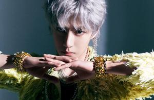 王一博银发新造型,全套香奈儿+精致珠宝,男神仙气高级无上限