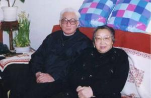 九旬老人手绘18本画册,纪念与亡妻60载爱情