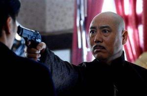 1993年,李成儒破产的那些日子,几乎一夜之间掉光了头发